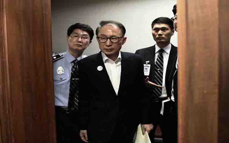 South Korean ex-president Lee arranged back to jail for a long time