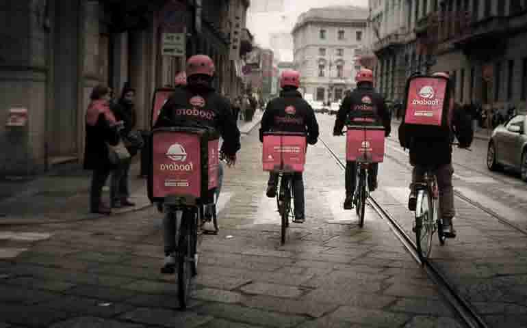 How food delivery service Delivery Hero ended up in the DAX stock index